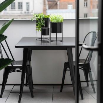 Table de bistrot en métal noire