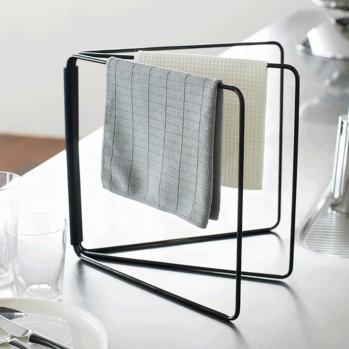 Porte serviette et gants de toilette en métal noir