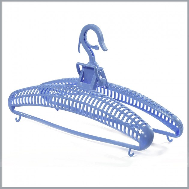Cintre sèche pull